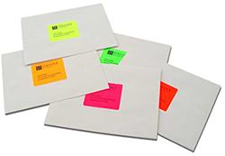 Fluorescent labels on mailing envelopes